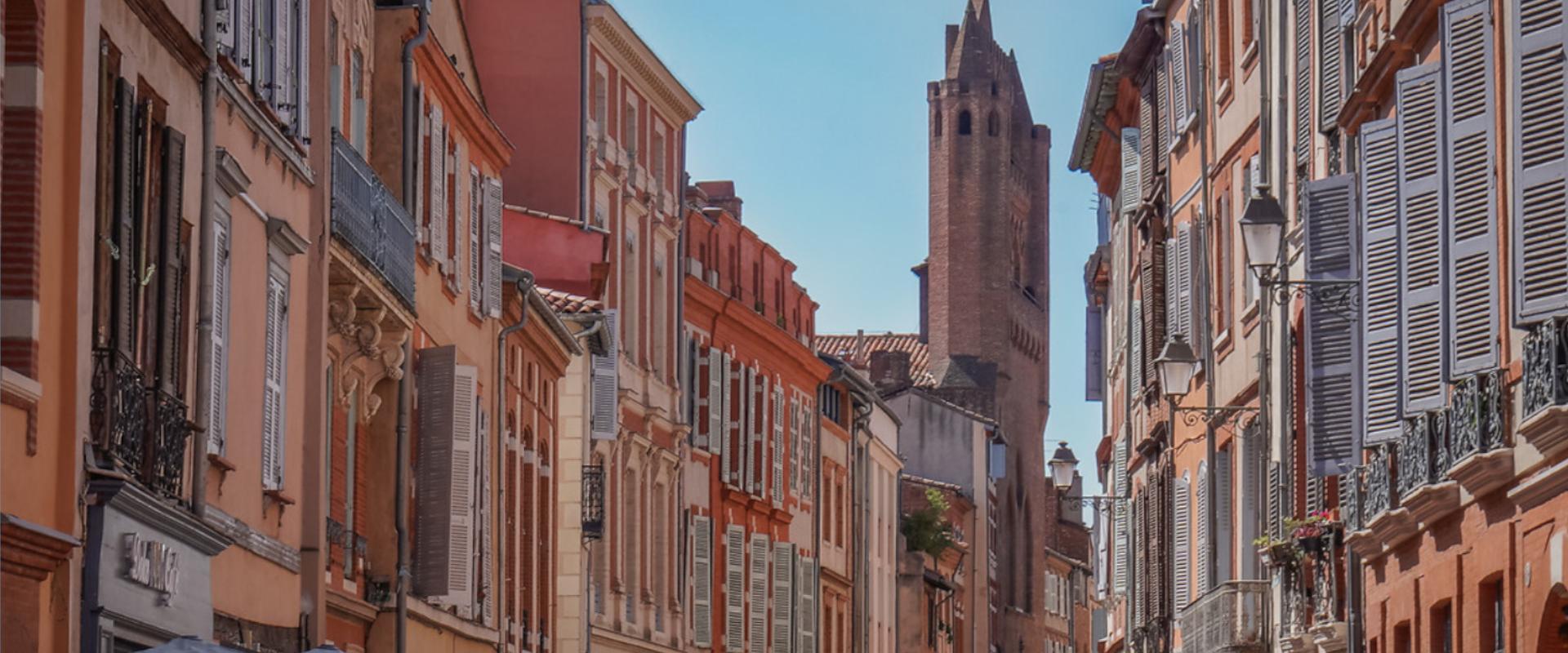 Rue du Taur à Toulouse en automne