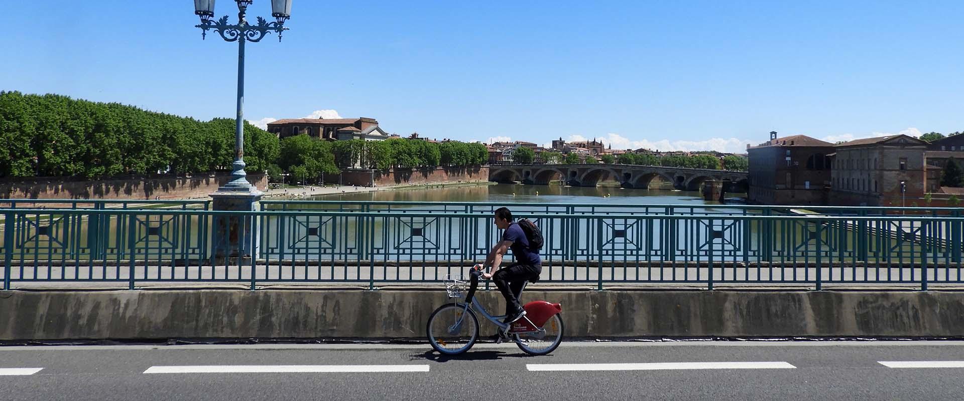Se déplacer à vélo à Toulouse