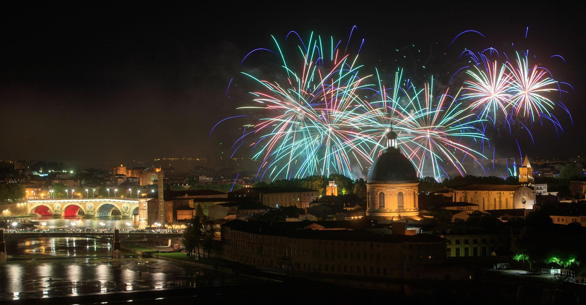 Le feu d'artifice du 14 juillet à Toulouse