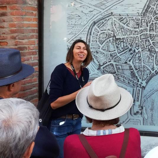 I love my guide - Emmanuelle Marelli