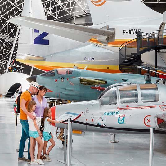 Visite en famille à Aeroscopia à Toulouse