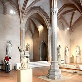 Salle des sculptures gothiques au musée des Augustins