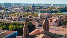 Vue aérienne de Toulouse et la Garonne